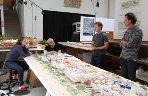 Mark-Zuckerberg-Frank-Gehry-Facebook-New-Campus-3